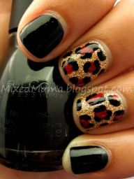 Gold Glitz Leopard Print Nails - I need this on at least one nail. Get Nails, Fancy Nails, Love Nails, How To Do Nails, Hair And Nails, Uñas Diy, Leopard Print Nails, Leopard Prints, Red Cheetah Nails