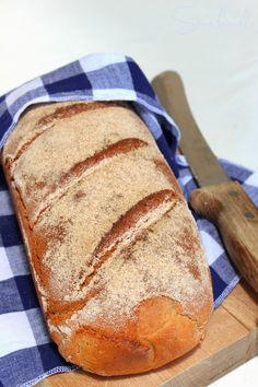 Sünis kanál: Rozskenyér Warm Sweaters, How To Make Bread, Kenya, Bread Recipes, Hamburger, Food And Drink, Homemade, Breads, Baguette
