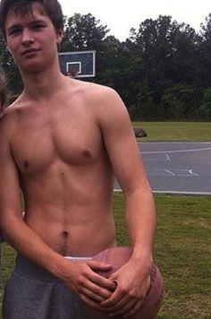 Ansel Elgort shirtless!!!!! DAMN