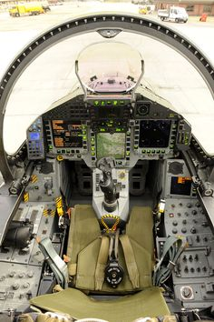 Cockpit of a RAF Eurofighter Typhoon Would like to see it in real. Aircraft Parts, Fighter Aircraft, Military Jets, Military Aircraft, Fighter Pilot, Fighter Jets, Aircraft Interiors, 370z, Flight Deck