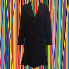 • vintage 90s Dana Buchman black skirt suit • 100% wool • rounded lapels • slight trumpet hem jacket: • size 6 • shoulder: 15 1/2 • bust: 38 • length: 21 1/2 • sleeve: 23 skirt: • size 8 • waist: 31 • length: 23   a black skirt suit with actual style and flare!   ❉ ❉ ❉  check out www.instgram.com/vintish.nyc for perfect post-90s items, as well!  ❉ ❉ ❉  as with all vintage items, expect some wear. i inspect everything to make sure its just as described, but im happy to send addi...