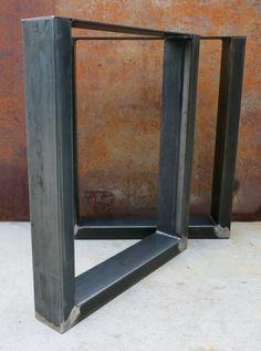Pieds de Table de métal de forme U industrielle par SteelImpression