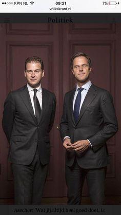 De lijkenwagen met de Nederlandse democratie erin staat buiten.  Misschien inspiratie voor een cartoon waarin schoothondjes de mond van Wilders schoonlikken van vluchtelingenbloed? Of is dat te satirisch? Ben ik dan niet gezellig? Want VvMu is natuurlijk om vooral gezellig op de zwakkeren te trappen. Gewoon omdat het kan.