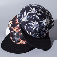 63cb81f28ea Four seasons new maple leaf embroidery wild couple out hip hop baseball cap  Fashionable printing female baseball cap-in Baseball Caps from Men s  Clothing ...