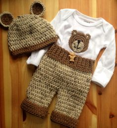 Crochê Bebê recém-nascido Urso Enxoval conjunto roupa -  /  Bear newborn baby Crochet clothes outfit set -