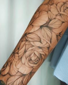best half sleeve tattoos ever Unique Half Sleeve Tattoos, Full Sleeve Tattoo Design, Full Sleeve Tattoos, Sleeve Tattoos For Women, Cover Up Tattoos, Unique Tattoos, Small Tattoos, Tattoos For Guys, Rose Tattoos