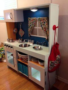 Little kitchen, diy kids kitchen, mini kitchen, toy kitchen, kitchen Diy Kids Kitchen, Wooden Play Kitchen, Play Kitchen Sets, Mini Kitchen, Toy Kitchen, Play Kitchens, Diy Karton, Cocina Diy, Diy Toys