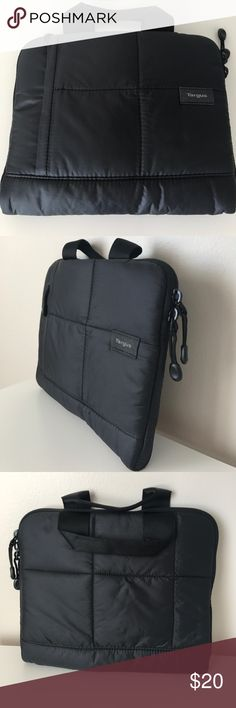 Nwot black iPad case carrier Brand-new without tags's nylon material with different pouches, super soft inside, handles to easily carry around very nice iPad case/etc targus Accessories Tablet Cases