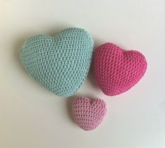 (Pattern in Norwegian can be found here )   I have crocheted many hearts in different shapes and sizes thought the years. There are so m...