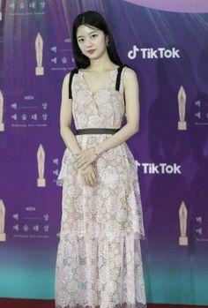 Hyun Soo, Actors & Actresses, Kdrama, Formal Dresses, Model, Life, Beautiful, Fashion, Dresses For Formal