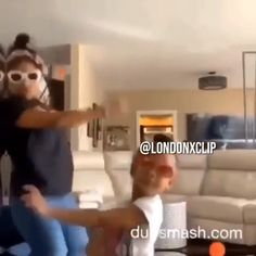I watch this over and over Funny Short Videos, Funny Video Memes, Funny Relatable Memes, Dance Music Videos, Dance Choreography Videos, Music Mood, Mood Songs, Funny Dancing Gif, Freaky Relationship Goals Videos