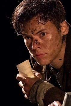 Harry styles ❤❤ one direction, dunkirk movie, dunkirk cast, dunkirk alex, Harry Styles Fotos, Harry Styles Mode, Harry Styles Pictures, Harry Styles Short Hair, Harry Styles Dimples, Harry Styles Crying, Harry Styles Imagines, Louis Y Harry, Harry 1d