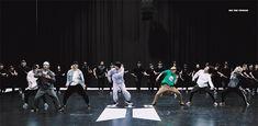 200226 'ON' Dance Practic shared by ɢᴏʟᴅᴇɴ ɪᴅᴏʟ⁷ Bts Taehyung, Jimin, Bts Dance Practice, Global Icon, Hoseok, Seokjin, Hip Hop And R&b, American Music Awards, Billboard Music Awards