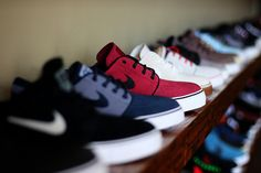 Visual porn of cars, swag shit and etc. Sneakers Fashion, Fashion Shoes, Sneakers Nike, Mens Fashion, Me Too Shoes, Men's Shoes, Guy Shoes, Shoes Style, Skate Shoes