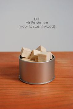 How to make your own Air Freshener by using oils to scent wood. Makes a great eco friendly option and an inexpensive DIY car air freshener as well! Diy Cleaning Products, Cleaning Hacks, Household Products, Homemade Products, Cleaning Recipes, Diy Hacks, Cleaning Supplies, Recycler Diy, Pot Pourri
