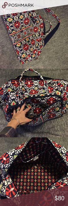 """Vera Bradley weekender travel bag Great used condition Details: Trolley sleeve can be paired with a Rolling Luggage style Five inner pockets that keep smaller items upright Fully zippered front compartment and two back slip pockets Wide opening with double zippers and a sturdy, removable base Convenient, removable strap Carry-on compliant Dimensions 18 ½"""" w x 12 ½"""" h x 7 ½"""" d with 6 ½"""" strap drop; 48 ½"""" removable, adjustable strap Care Tips: Hand wash cold, only non-chlorine bleach if…"""