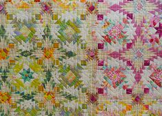 """""""Start Again"""" by Kimie Yanagisawa, shown at the January 2011 Tokyo Quilt Festival (from Luana Rubin)"""