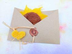 Happy Birthday Gifts, Flower Brooch, Hair Pins, Wax, Felt, Place Card Holders, Nice, Flowers, Handmade