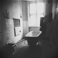 Photo by Eli Skårholen - mentalsykehus - Säter Clawfoot Bathtub, Norway, Weird, Bathroom, Clawfoot Tub Shower, Bathrooms, Bathing, Bath, Bathtub