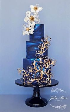 Ocean blue wedding cake with a touch of gold by Julia Marie Reynolds on satinice.- Ocean blue wedding cake with a touch of gold by Julia Marie Reynolds on satinice… Ocean blue wedding cake with a touch of gold by Julia… - Beautiful Wedding Cakes, Gorgeous Cakes, Pretty Cakes, Amazing Cakes, Cake Wrecks, Unique Cakes, Creative Cakes, Cupcake Torte, Cupcakes