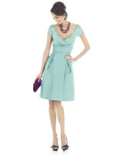 bridesmaid dress! #bridesmaid @Lisa Laverty - how about this style for Annie's wedding?