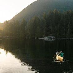A beautiful morning paddle at Jervis Inlet, located northwest of Vancouver.  (pic: @ianwduncan via Instagram) #exploreBC #explorecanada