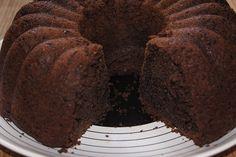 En Kolay Çikolatalı Kek Tarifi – Nefis Yemek Tarifleri The Easiest Chocolate Cake Recipe Pound Cake Recipes, Easy Cake Recipes, Homemade Funnel Cake, Chocolate Cake Recipe Easy, Pudding Cake, Pudding Recipe, Cake Blog, Amazing Cakes, Yummy Food