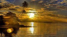 Resultado de imagem para por do sol no mar