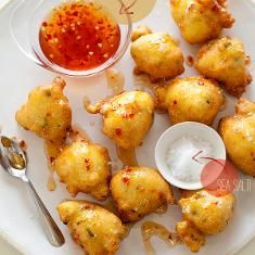 Hush Puppies (via www.foodily.com/r/51gIZvz3K)