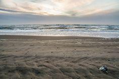Nieuw in mijn Werk aan de Muur shop: Verlaten strand