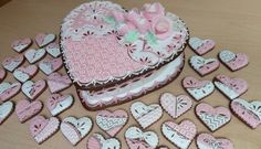 Wedding Gingerbread Cassette on Cake Central By MartinaF. Fancy Cookies, Heart Cookies, Cut Out Cookies, Cute Cookies, Royal Icing Cookies, Cupcake Cookies, Cupcakes, Valentines Day Cakes, Valentine Cookies