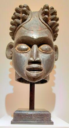 Artist of the Western Grasslands, Cameroon. Atlanta Museums, High Museum, Atlanta Georgia, Statue, Wood, Artist, Woodwind Instrument, Timber Wood, Artists