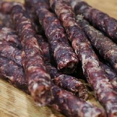 THE YUM BILTONG FAMILY. If it does not say The Yum Biltong Family then it is a cheap imitation. Droëwors directly translated from the Afrikaans language is Dry Sausage. Hot Sauce Recipes, Wine Recipes, Mexican Food Recipes, Teriyaki Beef Jerky, Venison Jerky, Piri Piri, Dried Sausage Recipe, Grape Wine Recipe, Curing Salt