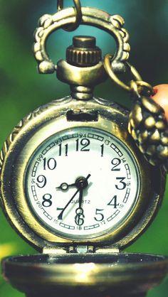 Pocket Watch Clocks Macro #iPhone #5s #Wallpaper