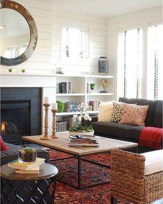 Modern Farmhouse by Judith Balis Interiors  #judithbalisinteriors #farmhouse #boise #livingroom #interior #interiors #interiordesign #design #architecture