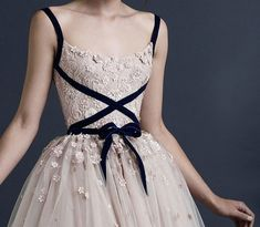 Fashion Friday: Paolo Sebastian Autumn-Winter 2014-2015 | http://brideandbreakfast.ph/2015/01/23/paolo-sebastian-autumn-winter-2014-2015/  | Designer: Paolo Sebastian