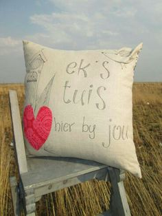 Tuis Scatter Cushions, Throw Pillows, Disney Bedding, King Size Bedding Sets, Afrikaans, Watercolor Paintings, Needlework, Arts And Crafts, Clip Art