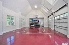 Zilow | Sands Point, NY 11050 | 7.003 sf | 5 bed 6.5 bath | 2 acres | Har-Tru tennis court | theater with surround sound | custom Clive Christian kitchen | Bikram hot yoga studio | 3-car garage convertible to indoor basketball court | gym