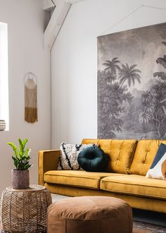 Fall in love with the MOOS Studio sofa? Living Room Green, Living Room Sofa, Room Color Schemes, Room Colors, Gold Sofa, Font Design, Diy Bed Frame, Modern Sofa, Living Room Designs