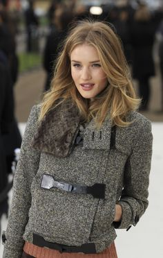 Google Image Result for http://img.ibtimes.com/www/data/images/full/2012/03/19/250538-rosie-huntington-whiteley-style.jpg
