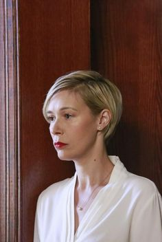 Can't wait for my hair to get this long lol LIZA WEIL