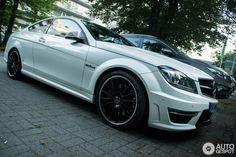 Mercedes-Benz C 63 AMG Coupé 3