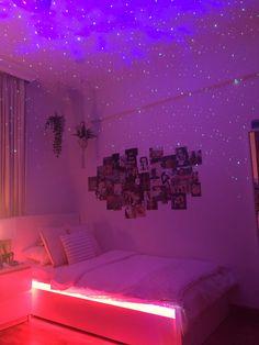 Neon Bedroom, Room Design Bedroom, Room Ideas Bedroom, Bedroom Inspo, Bedroom Decor, Pinterest Room Decor, Chill Room, Indie Room, Teen Room Decor