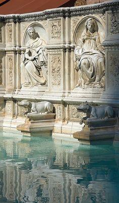 Fonte Gaia Piazza del Campo, Siena, province f Siena Tuscany region Italy Beautiful Architecture, Art And Architecture, Pisa, Verona, Places To Travel, Places To See, Travel Things, Travel Stuff, Places Around The World