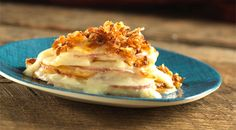 The new Idahoan Steakhouse Scalloped Red Potatoes with crunchy onion topping! Creamy sauce, red sliced potatoes, and topped with onions—so good.