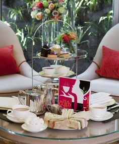 London. Athenaeum Hotel afternoon tea http://www.afternoonteaonline.com/uk/london/afternoon-tea-athenaeum-hotel-mayfair/