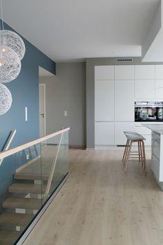 NORDISK- stil | Ann Elin Sørøy Dream Home Design, House Design, Stair Railing, Home Living Room, Wall Colors, Kitchen Interior, Interior Inspiration, Sweet Home, Modern
