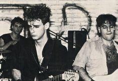 Soda Stereo - Stud Free Pub- Gustavo,Zeta y Charly. Soda Stereo, Sound Of Music, Good Music, Rock Argentino, Perfect Love, Victoria, Post Punk, Metalhead, Hair And Beard Styles