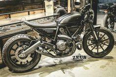 Cafe racer Ducati Scrambler