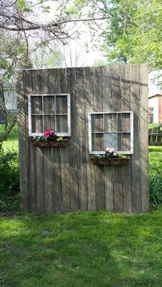 My Shed Plans - My old deck wood and windows from neighbors trash made a cute privacy screen. - Now You Can Build ANY Shed In A Weekend Even If You've Zero Woodworking Experience! Backyard Patio Designs, Backyard Landscaping, Landscaping Ideas, Privacy Fence Landscaping, Desert Backyard, Privacy Fences, Large Backyard, Deck Privacy Screens, Old Window Screens